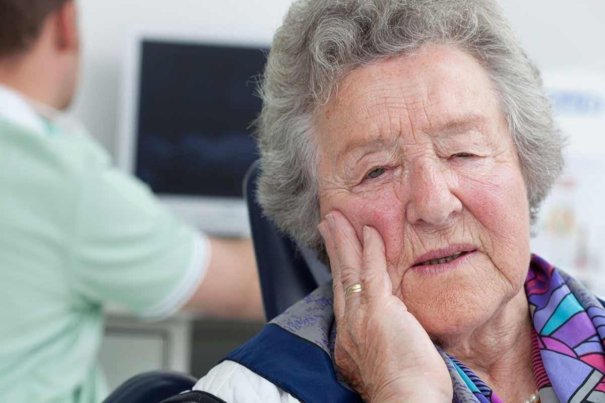 Oralchirurgie zur Schmerzbefreiung